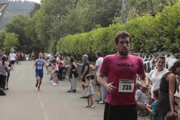 Jon Durana eta Maider Urtaran garaile San Joan Astobitzako krosean - 71