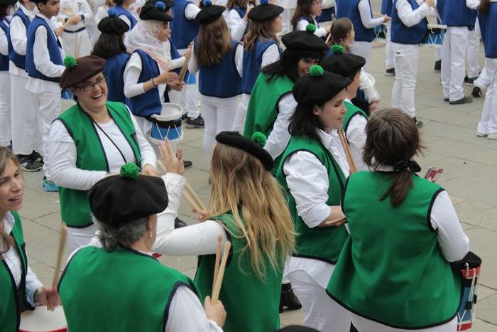 Danbor hotsez bete dituzte bazterrak Laudio eta Amurrioko eskolek - 139