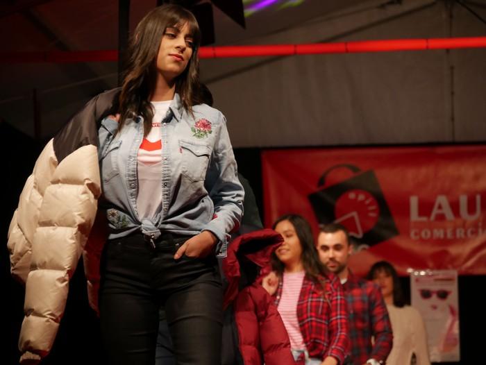 """Herritarrak """"modelo afizionatu"""", Laudio moda desfilean - 56"""