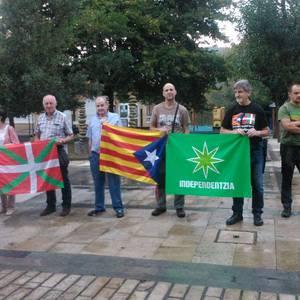 Mobilizazioak egin ditu Gure Esku Dagok Cuixart eta Sanchezen askatasuna eskatzeko