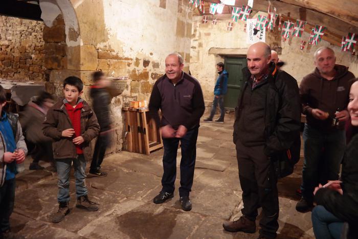 Antzinako ohitura jarraiki ospatu zuten San Anton jaia Baranbion - 9
