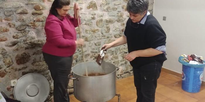 Tailerrak eta txokolate jana egin zituzten Olentzero eta Maridomingiren etorrera prestatzeko - 3