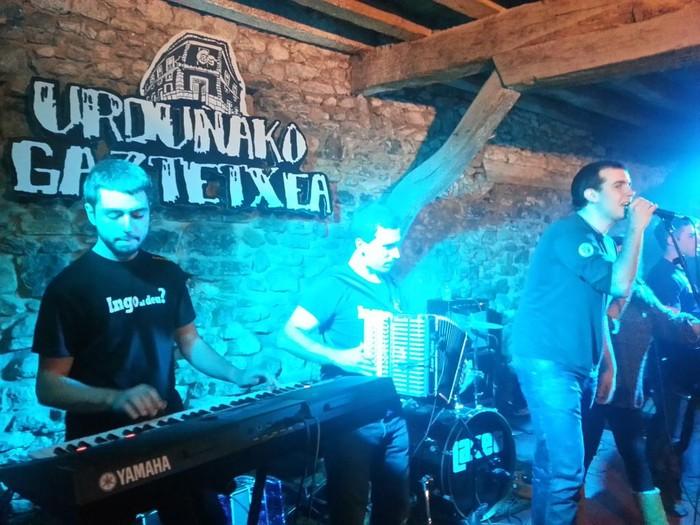 Txapelpunk, Hammer Killers, Marianitoz Blai... musika kontzertu ugari eskainiko dute eskualdean urtarrilean