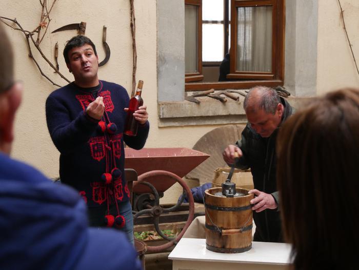 Antzinako lanbide eta usadioak berpiztu zituzten atzo Artziniega Museoan - 12