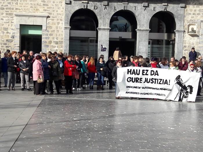 Indarkeria matxistaren aurka mobilizatu dira eskualde osoan - 20