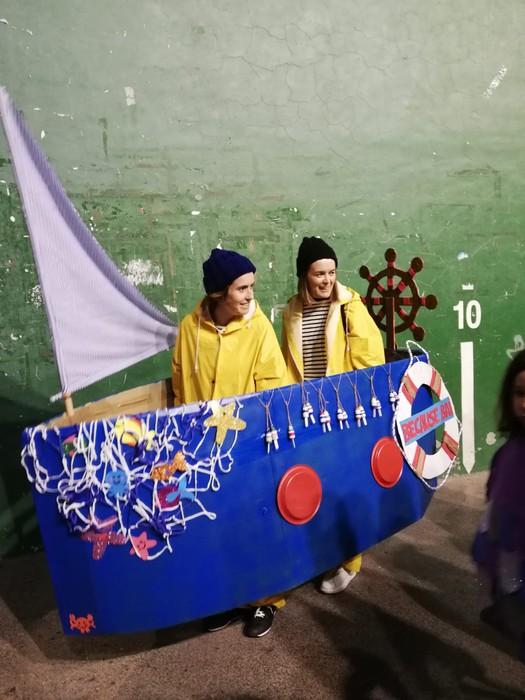 Estralurtarrek ere ez zuten galdu atzo Aratusteen desfilea Artziniegan - 23
