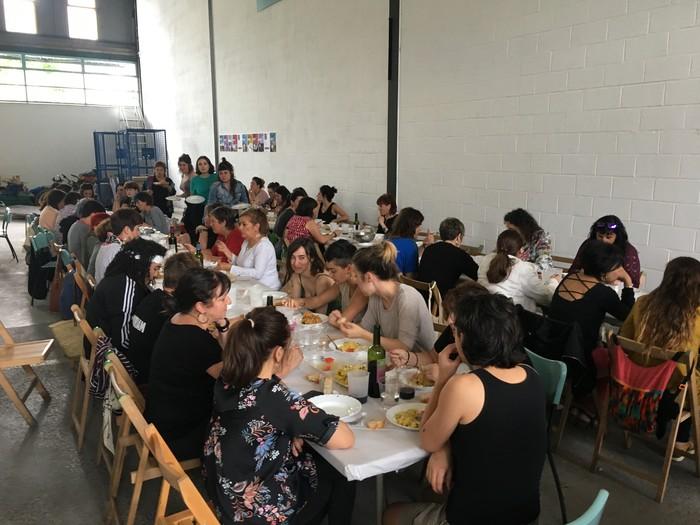 Aiaraldeko emakume feministen topaketa argazkitan - 78