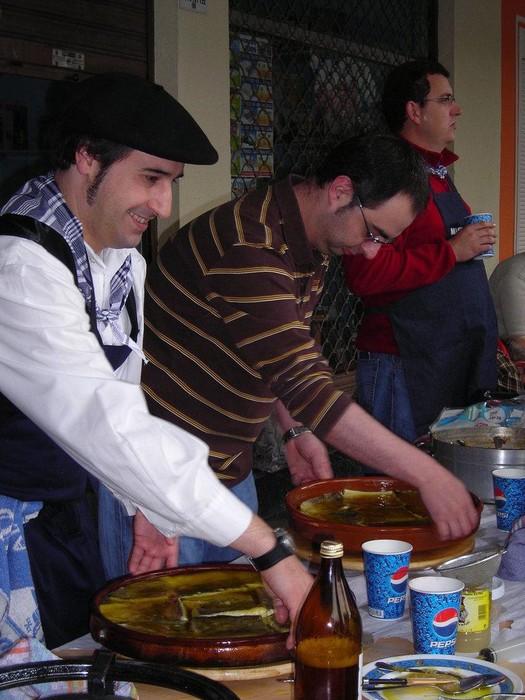 Pil-pil erako bakailao eta patata tortilla txapelketak otxomaioen azken egunean