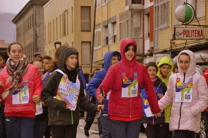 Hainbat umek parte hartu dute Urduñako Korrika Txikian - 2