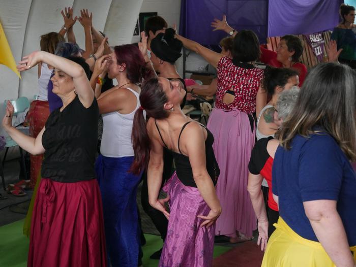 Aiaraldeko emakume feministen topaketa argazkitan - 97