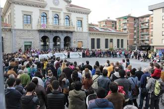 Aiarako Udalaren adierazpen instituzionala La Manadaren epaia dela eta