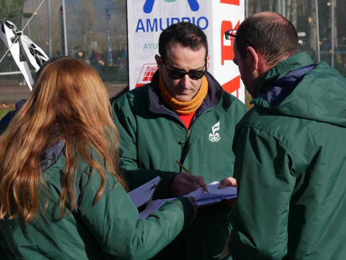 Aiaraldeko lasterkariak hainbat aldiz igo dira gaur podiumera Amurrio Krosean - 100