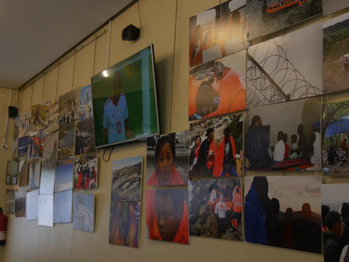 Errefuxiatuei buruzko erakusketa jarri dute Otueta Gizarte Etxean - 12