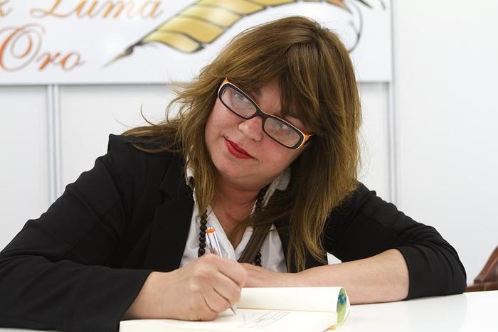 Txani Rodriguezen kontakizuna argitaratu du Bernardo Atxagak Erlea aldizkarian