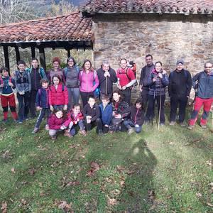 2019 agurtzeko inguruko tontorretatik zeharkaldia egin du Matxinkortak