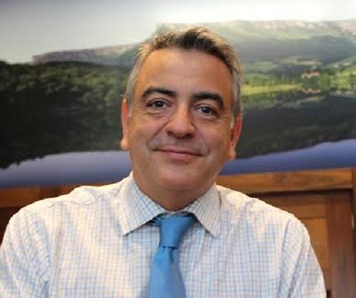 Espainiako Gobernu Ordezkaritzak helegitea jarri du jaien datei buruzko galdeketaren kontra
