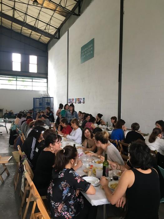 Aiaraldeko emakume feministen topaketa argazkitan - 77