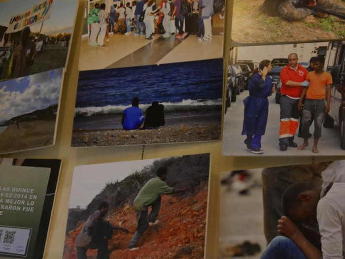 Errefuxiatuei buruzko erakusketa jarri dute Otueta Gizarte Etxean - 11