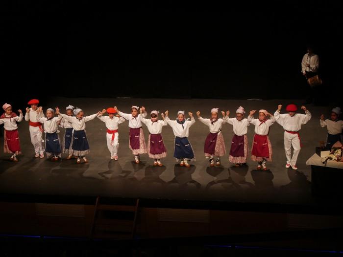 Guk saria jaso du Aiara dantza taldeak - 79
