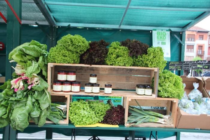 V. Azoka agroekologikoa ospatu dute Urduñan, tokiko ekoizleekin - 15