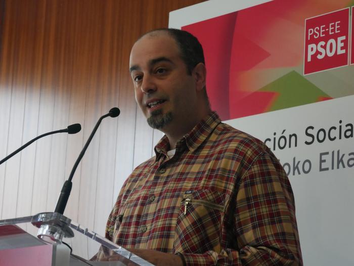 David Romero alkategaia aurkeztu du PSE-EEk Amurrion