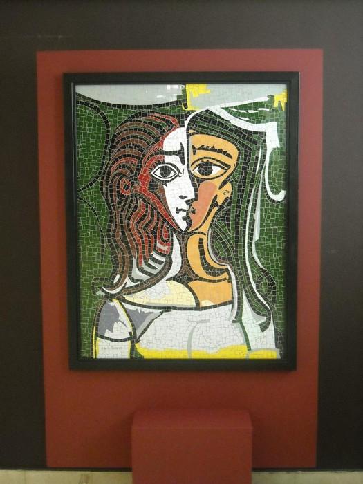 Picassorean obran oinarrituriko mosaikoak ikusgai daude Kultur Etxean - 3