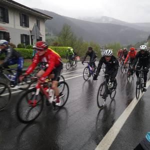 Aiaraldea zeharkatu du Euskal Herriko Itzuliak