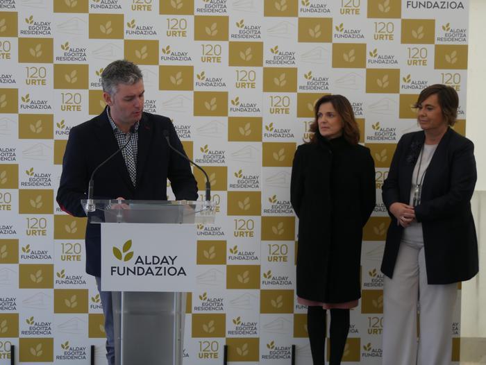 Gaur inauguratu dute Aiarako nagusien egoitza berria - 3