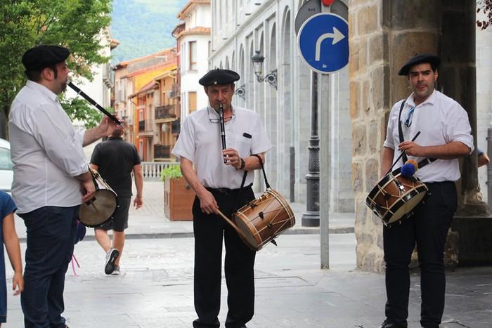 San Roman omenduz ospatu dituzte Orruño kaleko jaiak - 6