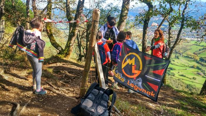 800 lagun inguruk parte hartu dute Gorobel Mendi Ibilaldian - 3