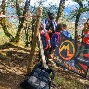 800 lagun inguruk parte hartu dute Gorobel Mendi Ibilaldian