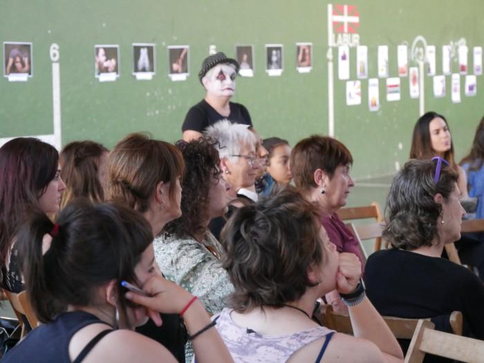 Feminismoz busti dute Orozko Aiaraldeko Emakumeen Topaketan - 8