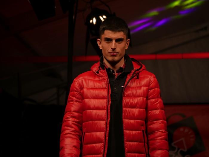 """Herritarrak """"modelo afizionatu"""", Laudio moda desfilean - 98"""