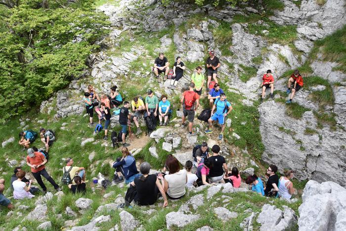 Itxina zeharkatu zuten igandean euskara praktikatzeko