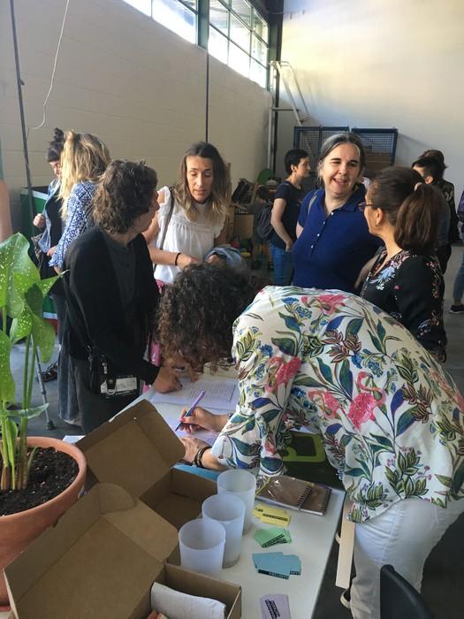 Aiaraldeko emakume feministen topaketa argazkitan - 16