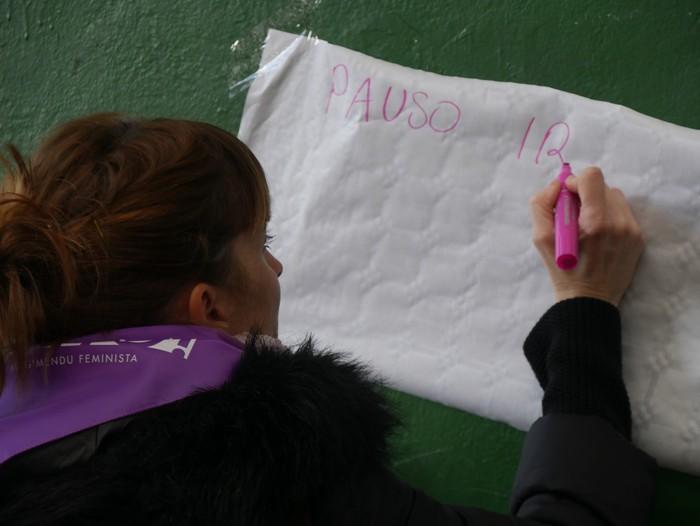 Ehunka emakume* grebalarik hartu dituzte Aiaraldeko kale eta plazak - 158