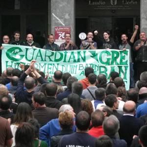 Guardian enpresako langileek egindako manifestazioa