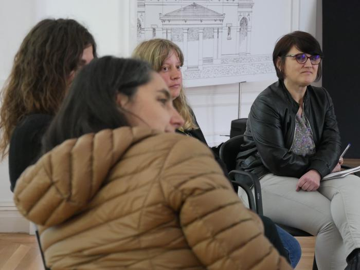 Autodefentsa feministari buruz hausnartu zuten atzo Kasinoan - 5