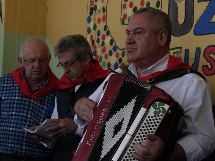 Bizilagun ugari inplikatu dira Lamuza Ikastetxearen 50. urteurrenaren jaian - 31