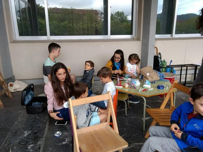 Ikasturte amaierako festa egin zuten atzo Virgen Niñan - 2