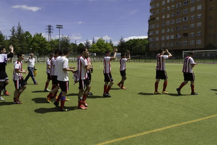 CD Laudioko gazteek lortu dute sailkapena Euskal Ligako play-offak jokatzeko - 75