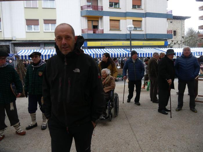 Ehunka pertsona bildu ditu Amurrioko San Anton azokak aurten - 58
