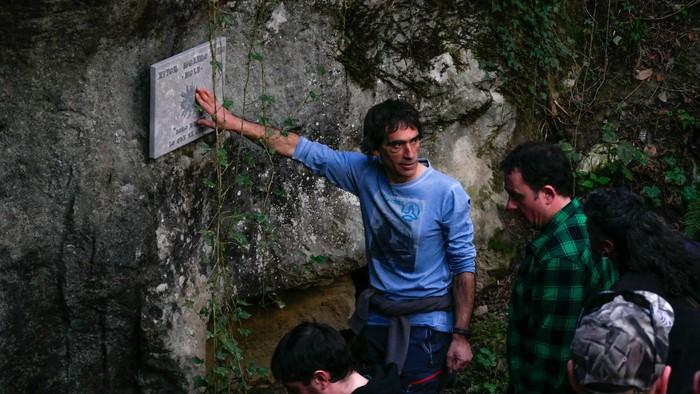 Dozenaka lagunek omendu dute Aitor Molero Toro, Lezeagan - 4