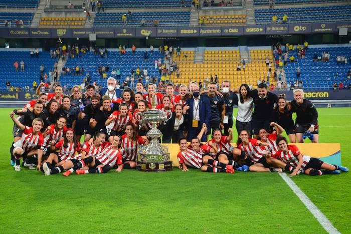 Naia Landaluzek Carranza Trofeoa irabazi du Athletic-ekin