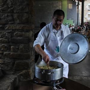 ARGAZKI-GALERIA: Euskal Herriko iparralde eta helgoaldearen arteko mugak hautsi dituzte Orozkon