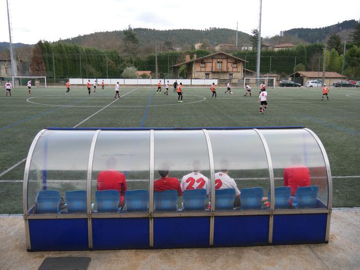 Irain arrazistak egon dira asteburuan jokatutako futbol partida batean