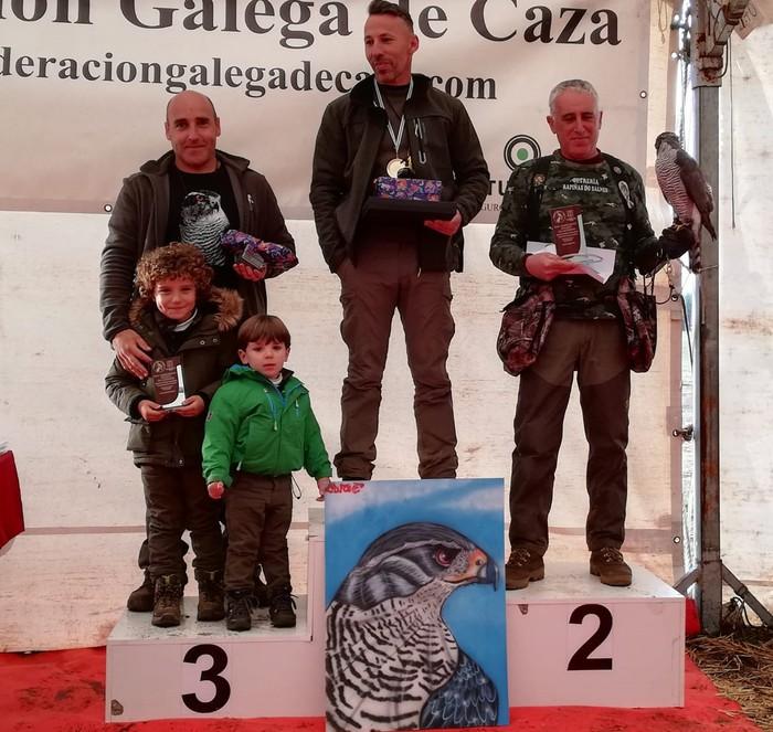 Victor Perezek birritan zapaldu zuen podiuma Galiziako Falkoneria Txapelketan