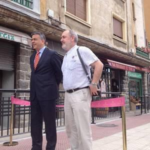 Aretako Gasteiz kalea ofizialki inauguratu dute agintariek