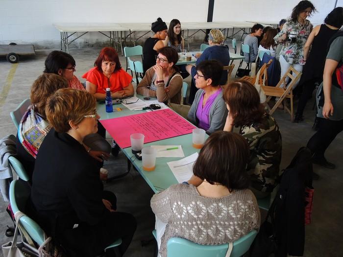 Aiaraldeko emakume feministen topaketa argazkitan - 63