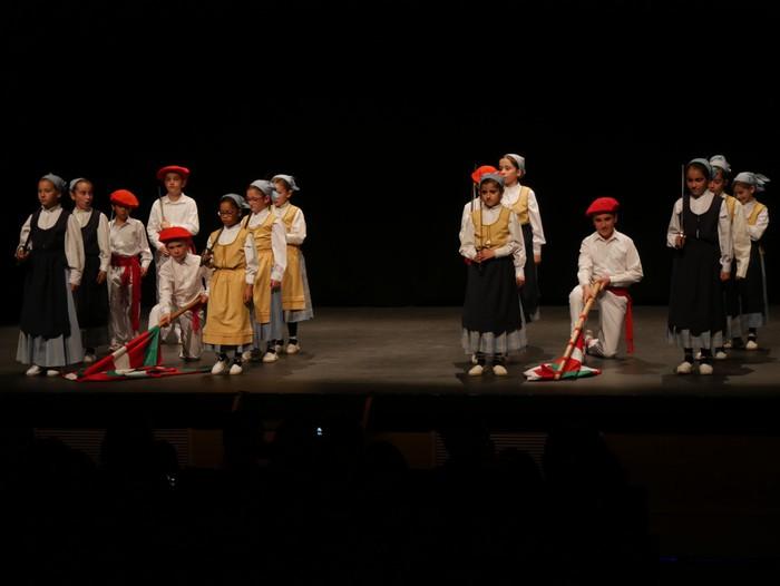 Guk saria jaso du Aiara dantza taldeak - 46